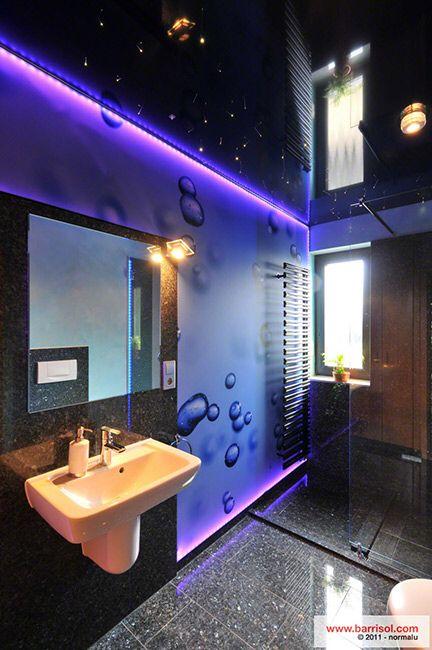 Dark bathroom with darkblue Glossy ceiling