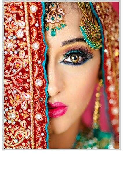 Maquillaje hindu