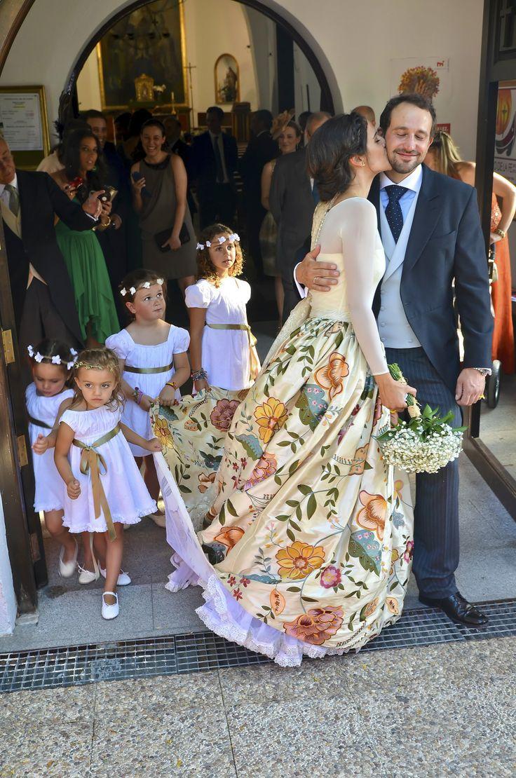 Tapicería para una falda de novia