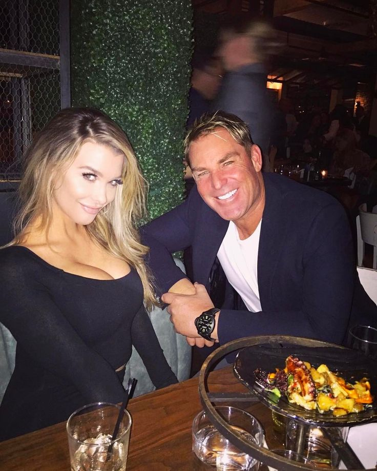 "19.7k Likes, 1,504 Comments - Shane Warne (@shanewarne23) on Instagram: ""Aussie mates hanging in LA = awesome  @emilysears ! 👍"""
