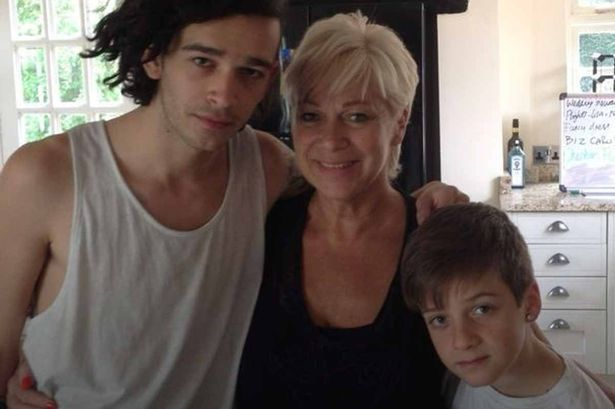 Matty Healy with mom Denise and brother Louis