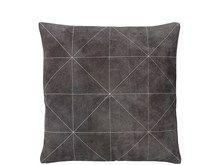 Södahl Triangle suede Pute 45 x 45 cm grå