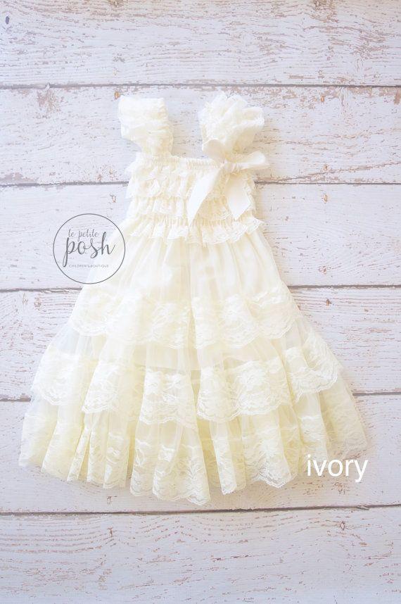 rustieke chique bloemenmeisje jurk land van lePetitePosh op Etsy
