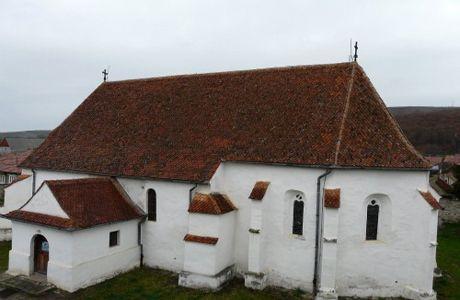 Biserica din Ghelinţa, Covasna – un monument UNESCO prea puţin cunoscut | Satul Ghelinţa este situat pe valea pârăului cu acelaşi nume, la 20 de km distanţă de Covasna, pe drumul spre Târgu-Secuiesc.