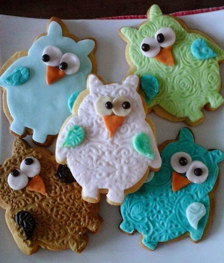 Cute owl cookies, using the Autumn Carpenter impression mat set