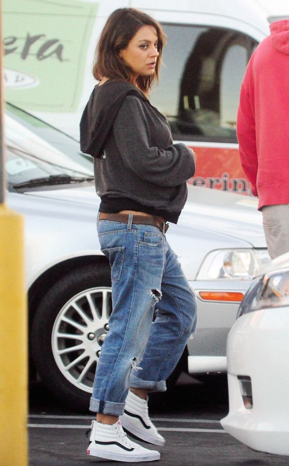 FIRST PEEK at Mila Kunis' Baby Bump!