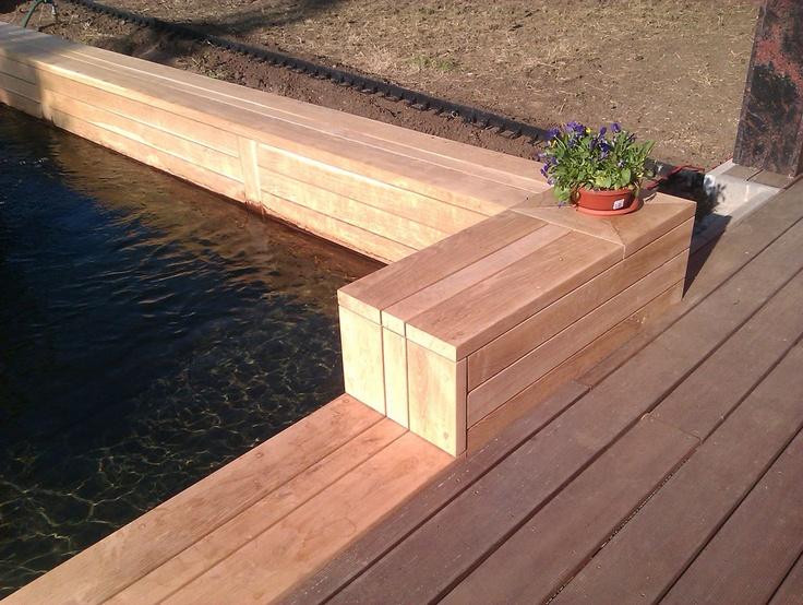Obklad bazénu detail - Garden furniture Prag - Custom Woodworkes - www.stoho.cz