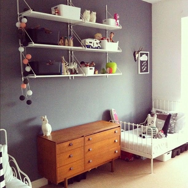 kids' interior - like the shelving and wall color
