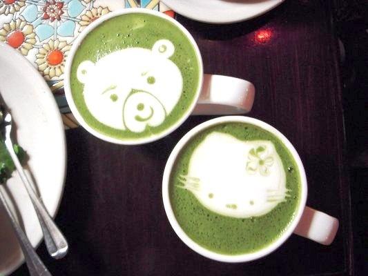 matcha (japanese green tea) latte - urth caffe downtown la