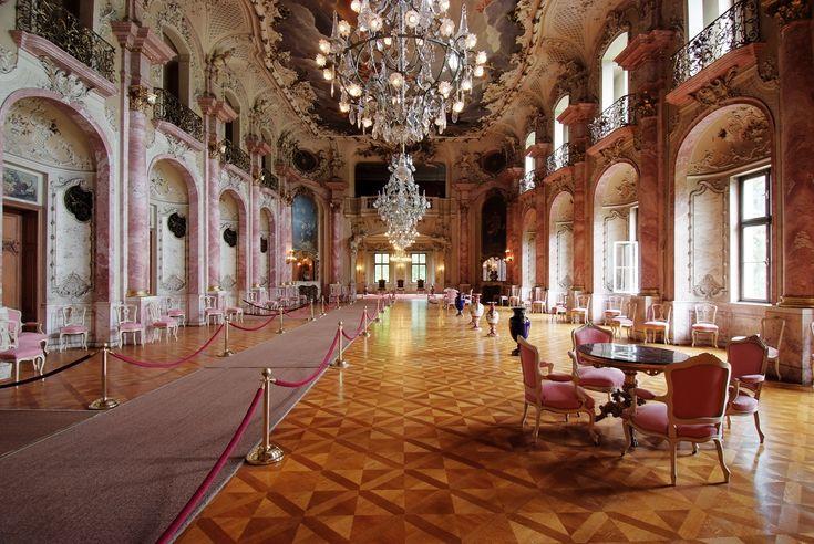 Bückeburg Palace. An architectural gem, with a gem of a mausoleum. ©DZT/Schloss Bückeburg, Mark Wohlrab