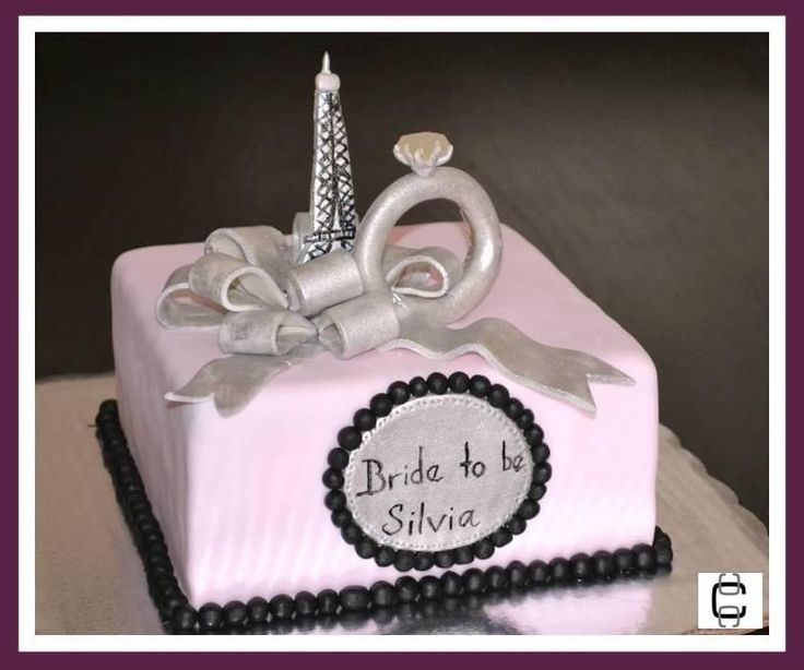 FONDANT BRIDAL SHOWER CAKE - PARIS AND ENGAGEMENT RING THEMED CAKE (Pastel de despedida de soltera con tema de Paris y anillo de compromiso)