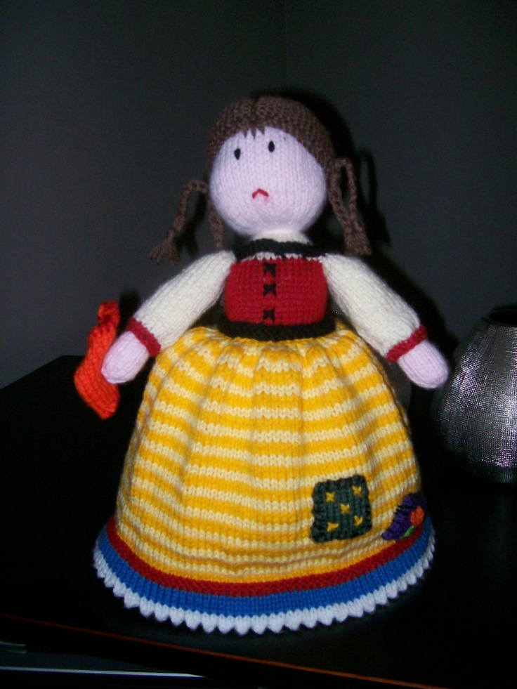 Knitting Pattern For Upside Down Doll : 17 Best images about Topsy Turvy Dolls on Pinterest Stitching, Folk art and...