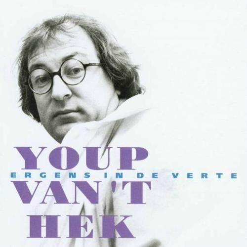 Cabaretier Youp van 't Hek met zijn voorstelling:  Ergens in de verte