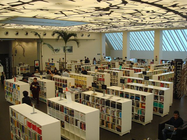 Librería Rosario Castellanos (FCE) - 6   Flickr - Photo Sharing!
