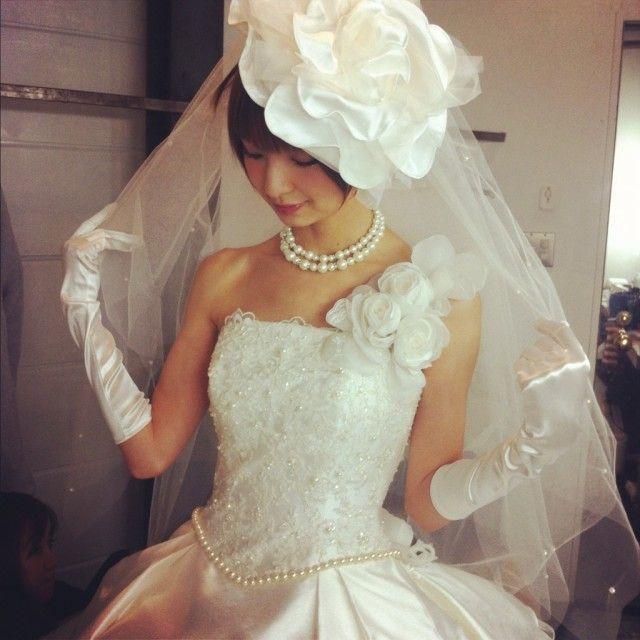 ショートヘアでも大丈夫♪結婚式で花嫁さんにオススメの髪型ランキング   ランキングシェア byGMO