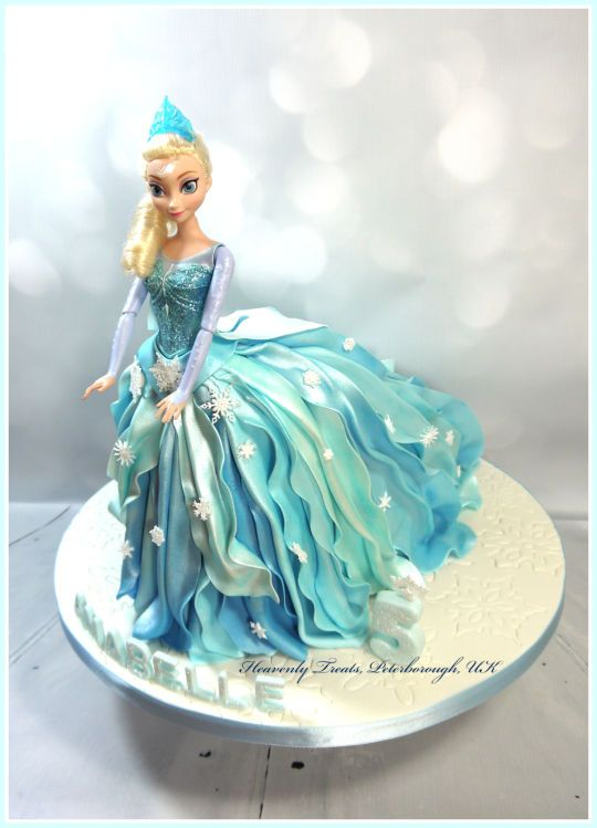 Elsa doll cake made using the Ipoh Bakery walking doll cake tutorial :-D