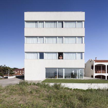 antonio carrasco arquitecto - vista hotel, villa gesell