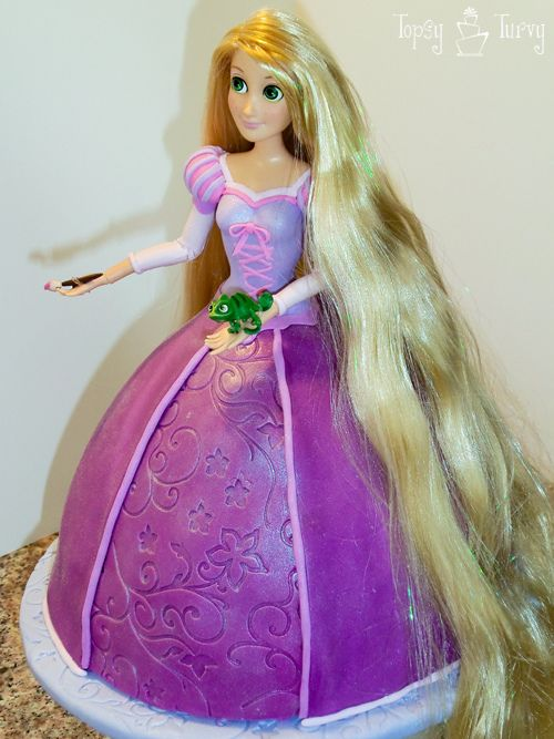 Rapunzel doll cake, nice! I LOVE Rapunzel!OMG, I forgot Rapunzel is my fave,I would do anything to meet her!