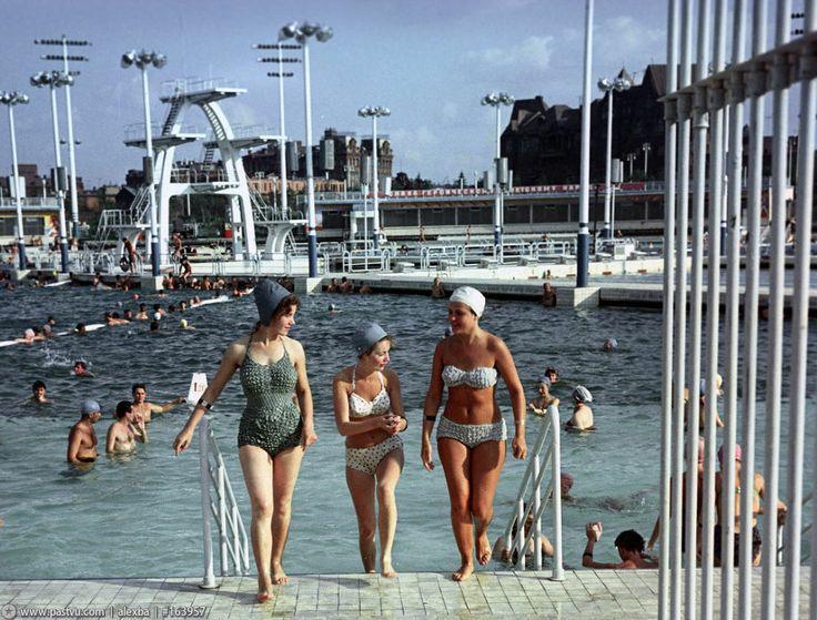 Бассейн на месте храма Христа спасителя 1960-е, Москва Moscow 1960's