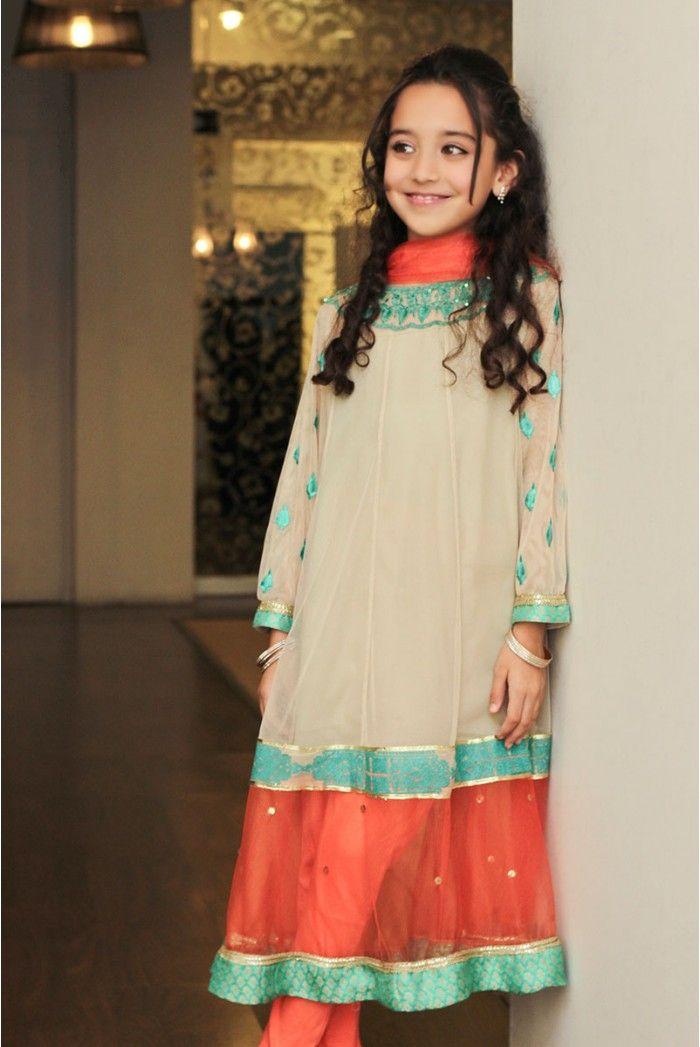 Pakistani designer Maria B <3