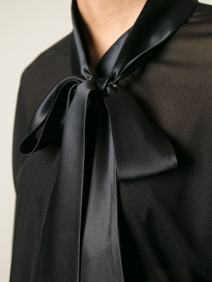 #givenchy #blouse #tops #black #pussybow #silk #womens #new www.jofre.eu