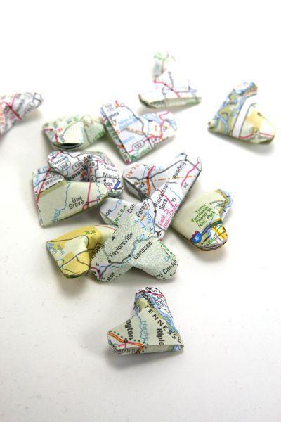 Upcycled riciclata Atlante Mappa Origami Cuori di meligami su Etsy, $6.00