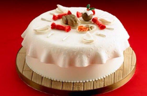 Xmas dinner cake