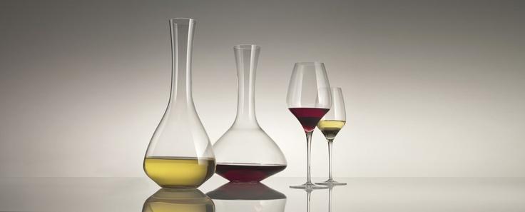 The First - kolekce navržená ve spolupráci s jedním nejlepších odborníků na víno, Enrico Bernardem. Oceněná Reddot.