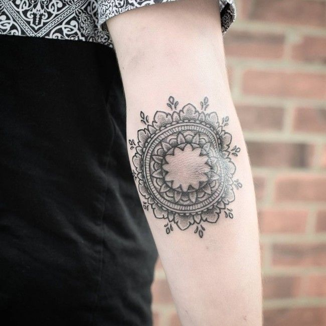 Inner Elbow Mandala Tattoo: 126 Best Elbow Tattoos Images On Pinterest