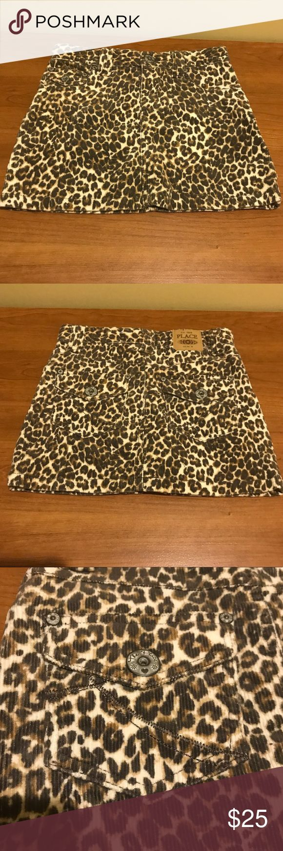 Children's place size 6x-7 cheetah skirt Size 6x-7 Cheetah skirt with spandex underneath. Worn but in very good condition. Pockets in front and back. (I recycle shipping materials, if you have a problem with that please contact me prior to purchase.) Children's Place Bottoms Skirts