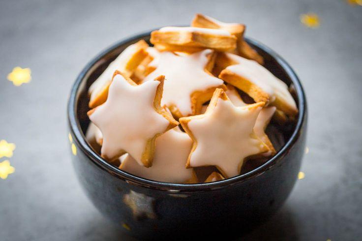 Des biscuits sablés fondants recouverts d'un glaçage au citron -  Cooking Addict