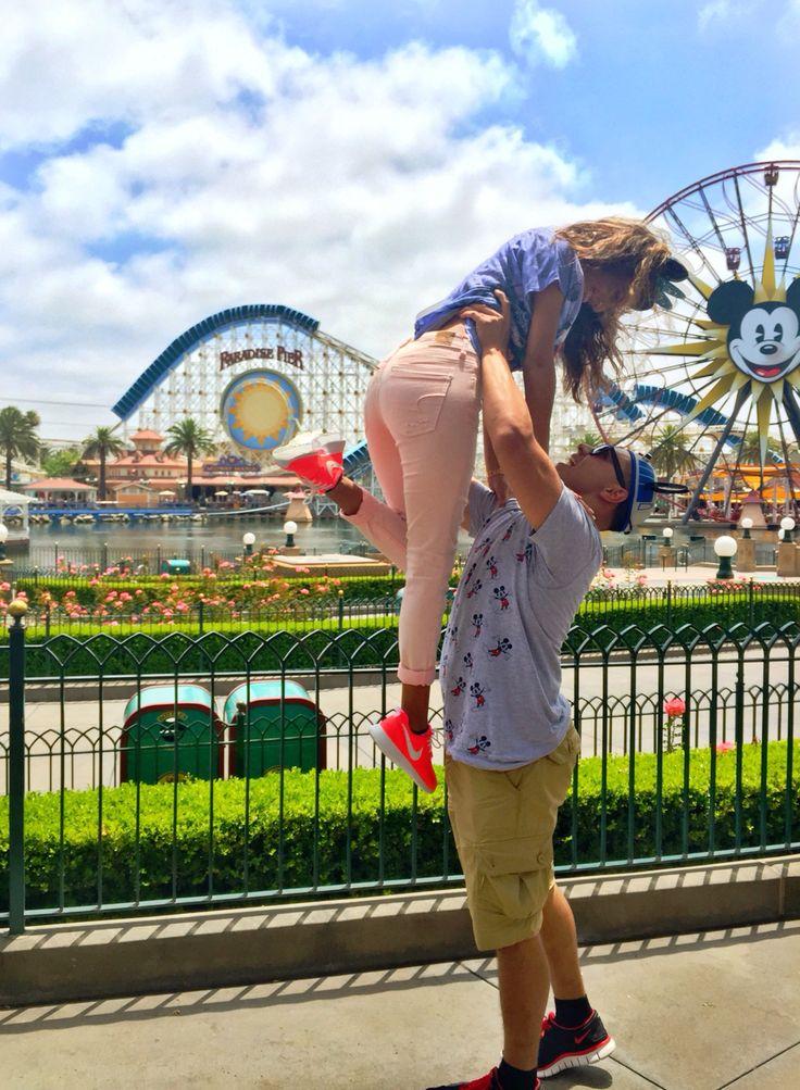 Disneyland California adventures cute couple picture