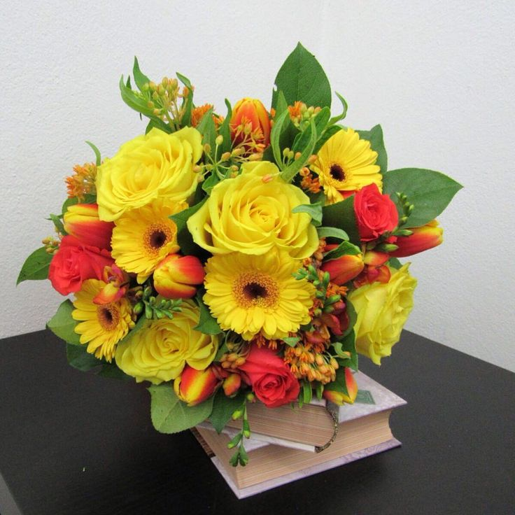 Just delivered this #sun #like #bouquet ! What do you think?