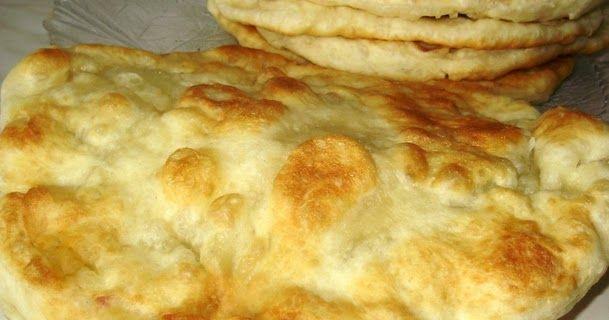 miris vrućih mekanih languša danas mami sve moje najmilije od najmlađih do najstarijih… SASTOJCI Sastojci za dizano tijesto: 1 kg glat...
