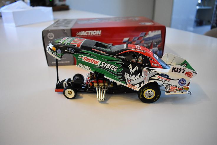 "Tony Pedregon ""KISS"" Edition 2003 Mustang Funny Car Castrol Syntec Action 1/24 