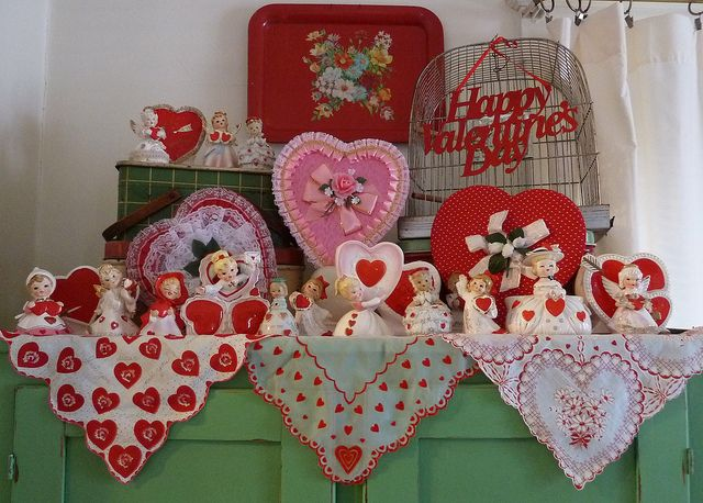 Vintage Valentine Decorations: Valentine'S Day, Vintage Valentines, Vintage Wardrobe, Valentine'S S, Valentines Decor, Vintage Handkerchiefs, Valentines Day Decor, Vintage Vignettes, Romantic Valentines
