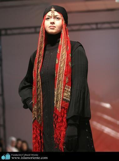 Mujer musulmana y desfile de moda - 25