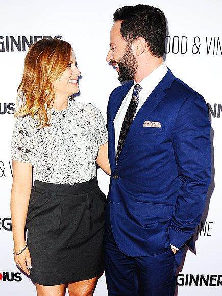 Star Tracks: Friday, April 17, 2015 | LAUGH FACTORY | Sporting her new red hair, Amy Poehler can't help but smile at boyfriend Nick Kroll at the premiere of his Adult Beginners in Hollywood on Wednesday.