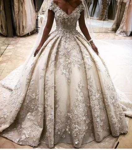 2016 Luxury Full Flowers Puffy Ball Gown Wedding Dresses Arabic Gorgeous V Neck Wedding Gowns Custom Made robe de mariage