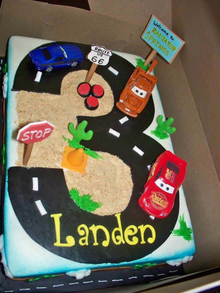 Landen's 3rd birthday cake! Cars Theme:)