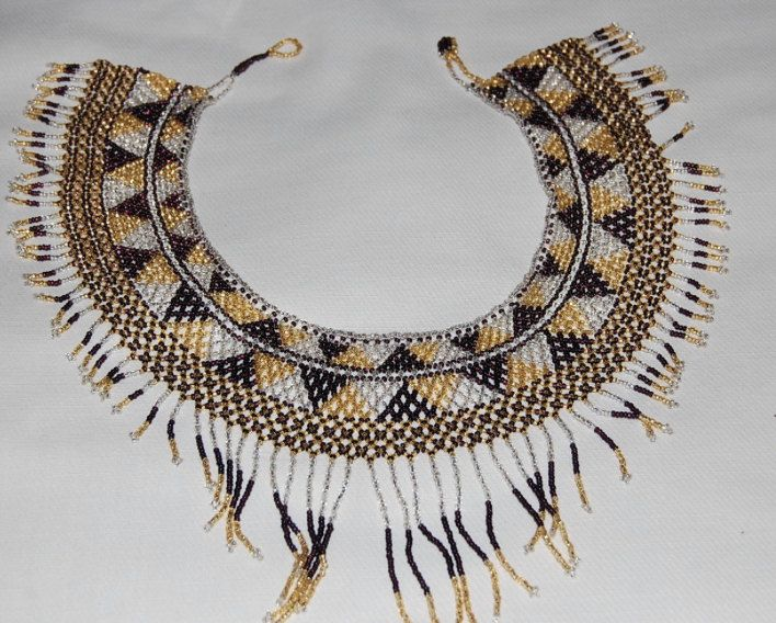 Chiapas Handwoven Beaded Collar Necklace _-Frida Kalho Style- Black/Gold by ZazouStyle on Etsy