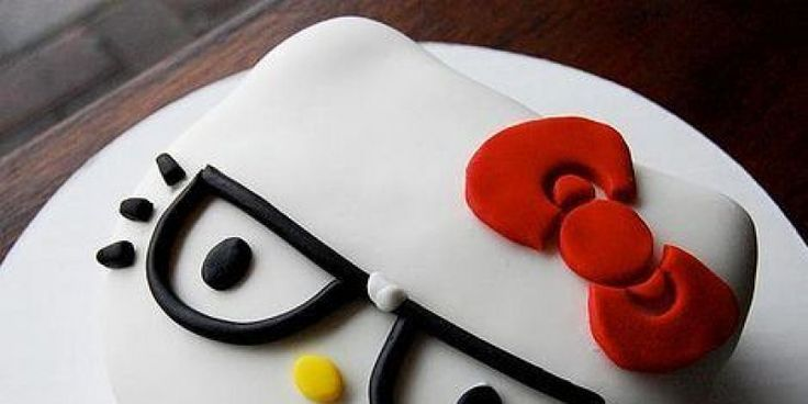 Cómo hacer galletas de Hello Kitty con fondant paso a paso