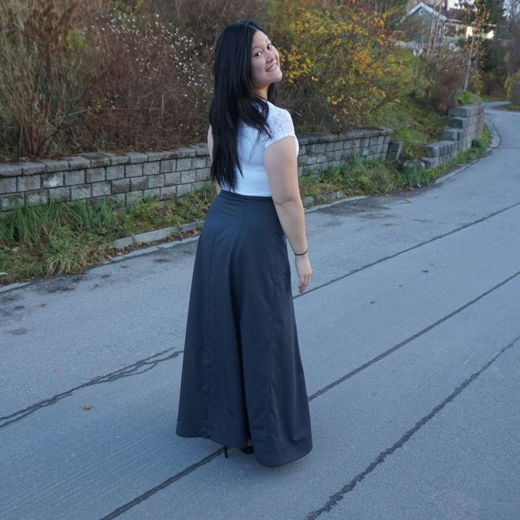 My maxi Maleficent skirt, Fumeterre skirt from Deer and Doe