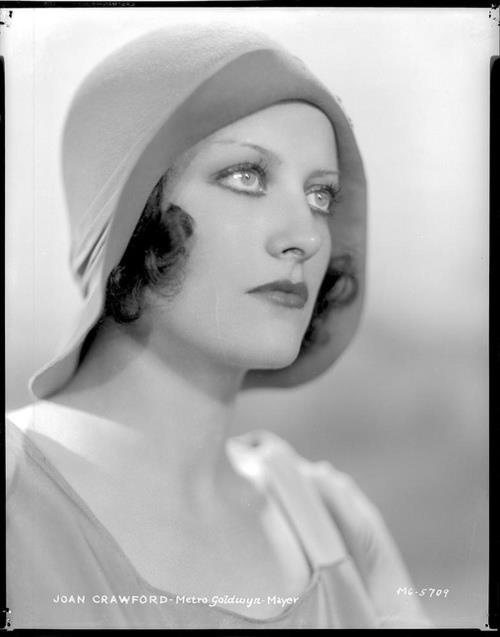 "Joan Crawford in ""Our Blushing Brides""-1930: Studios Portraits, Crawford 1930S, Blushes Brides1930, Blushes Bride 1930, Beautiful, Blushes Brides 1930, Movie Stars, Hollywood, Beauty Joan Crawford"