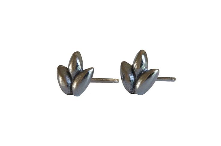 Foliage studs; Material: sterling silver, oxidized