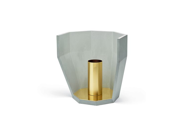 Multifacet collection designed by matali crasset and created by OA 1710 & Concrete LCDA // Single-Flower Vase