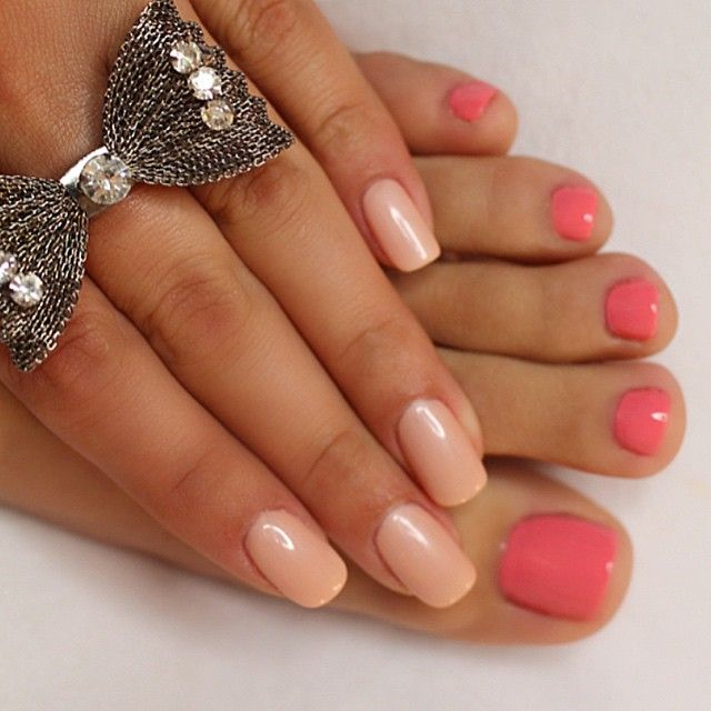 """This weeks #ManiPedi On my nails I'm wearing a Geliish Polish in the color """"Forever Beauty"""" On my toes I'm wearing #OPI """"Sorry I'm fizzy today"""""""
