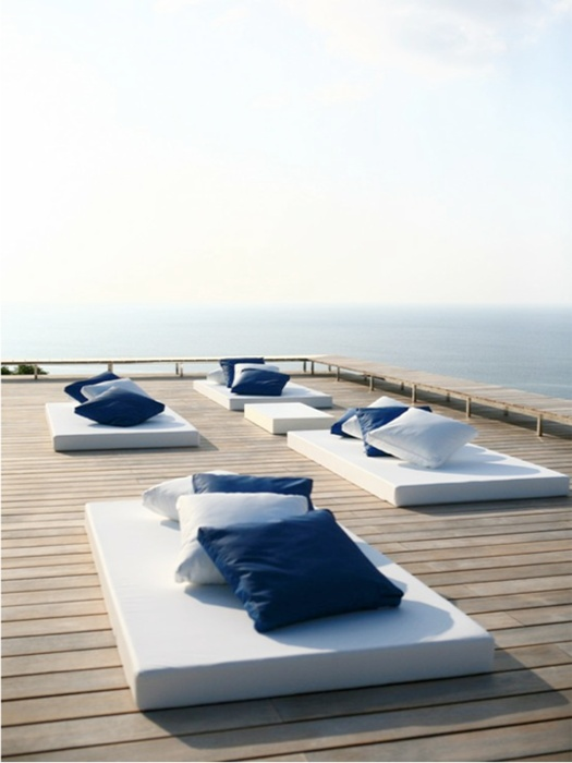 Coastal Style: A Place In The Sun--can we just say Aaahhh....