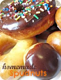 Homemade Spudnuts and Glaze on MyRecipeMagic.com from the Six Sisters #spudnuts #glaze