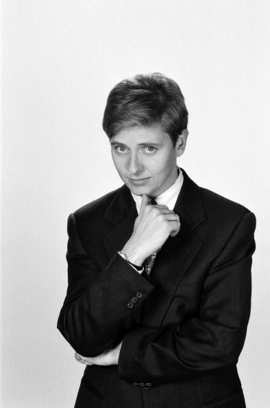NEWSRADIO -- Season 1 -- Pictured: Dave Foley as Dave Nelson